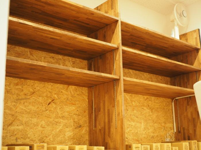 内装デザイン 造作家具棚製作
